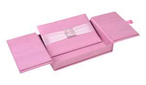 Embellished Gate old Silk Invitation Boxes 5.5x7.5x1 Pink